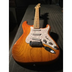 G&L Fullerton Deluxe S-500 Honey Burst MP