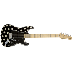Fender Buddy Guy Standard Stratocaster®, Maple Fingerboard, Polka Dot Finish